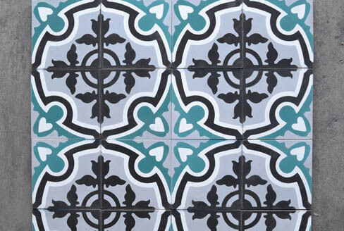 Modern blue cement tiles sojourn in Birmingham by Cimenterie de la Tour